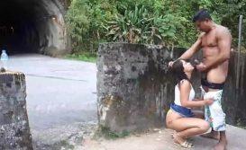 Sexo no tunel com mulher gostosa