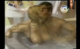 mari alexandre nua na banheira do gugu xvideos