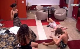 Topless da Giselly BBB20 Big Brother Brasil